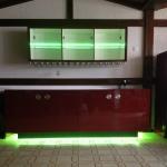 Highbord für Vinothek mit RGB Farbmodul